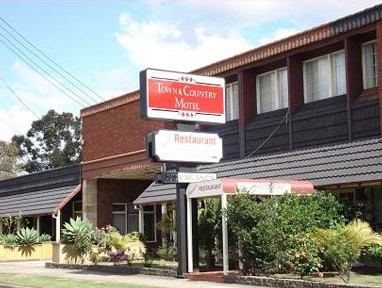 Town  Country Motel - Accommodation Brisbane