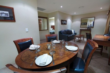 Quality Hotel Powerhouse - Accommodation Brisbane