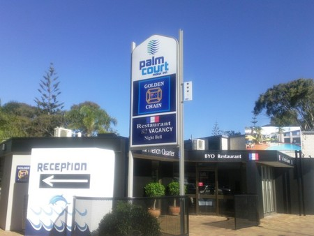 Palm Court Motor Inn - Accommodation Brisbane