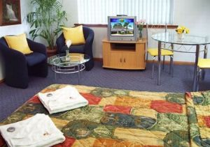 Lindy Lodge Motel And Function Centre - Accommodation Brisbane