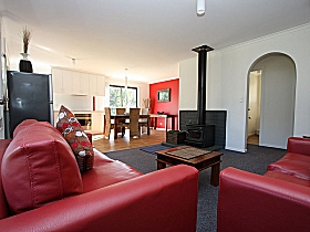 Bruny Island Villas - Eversley - Accommodation Brisbane