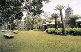 Tullah Lakeside Lodge - Accommodation Brisbane