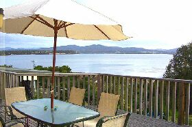 Waterfront on Georges Bay - Accommodation Brisbane