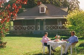 Hartzview Vineyard Homestead - Accommodation Brisbane