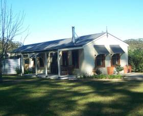 Hillcrest Cottage - Accommodation Brisbane