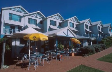 Breakers Apartments Mollymook - Accommodation Brisbane