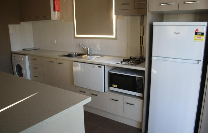 Bowlo Holiday Cabins - Accommodation Brisbane