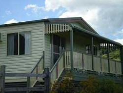 Halls Country Cottages - Accommodation Brisbane
