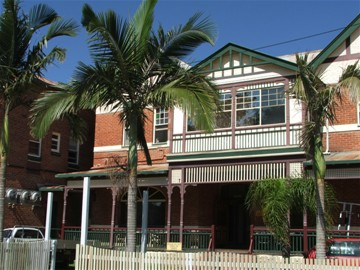 Maclean Hotel - Accommodation Brisbane