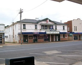 Globe Hotel Bombala - Accommodation Brisbane