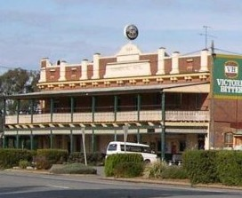Commercial Hotel Barellan - Accommodation Brisbane