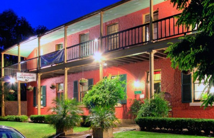 Anoushka's Boutique Bed and Breakfast - Accommodation Brisbane