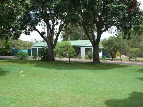 Bungadoo Country Cottage - Accommodation Brisbane