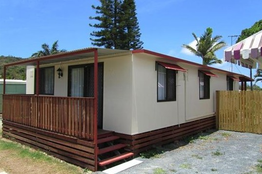 BIG4 Capricorn Palms Holiday Village - Accommodation Brisbane