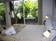 Alexander Lakeside Bed and Breakfast - Accommodation Brisbane