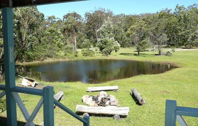 Possums Hollow and Hooters Hut - Accommodation Brisbane