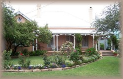 Guy House Bed and Breakfast - Accommodation Brisbane