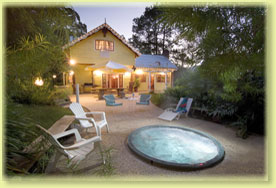 Jacaranda Cottage - Accommodation Brisbane