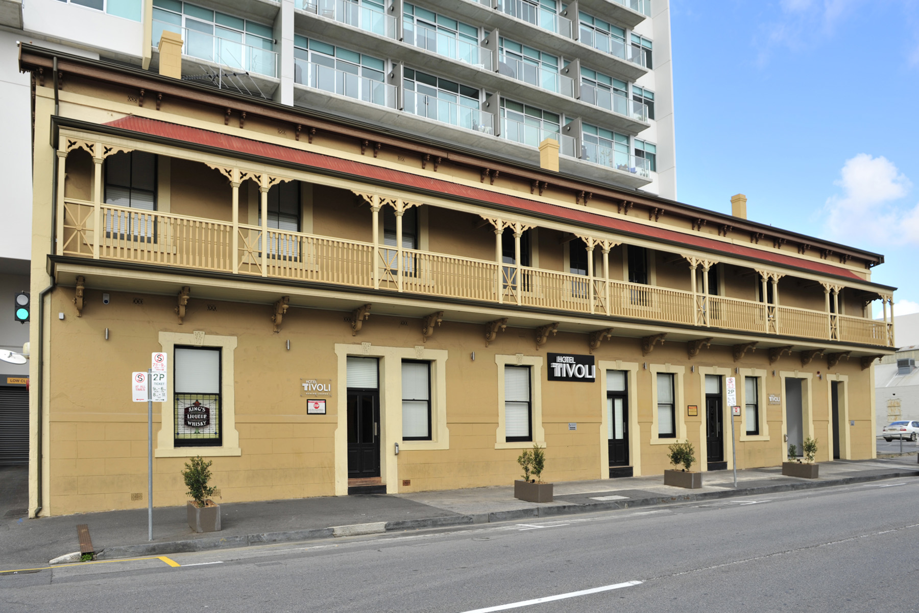 Hotel Tivoli - Accommodation Brisbane