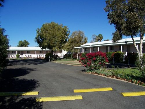 The Country Way Motor Inn - Accommodation Brisbane