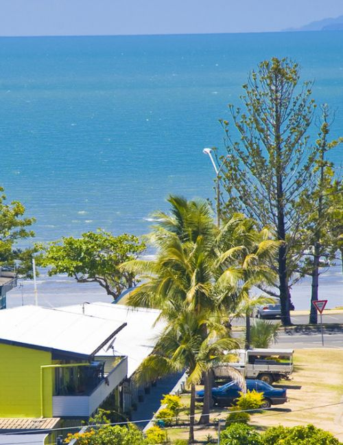 Surfside Motel - Yeppoon - Accommodation Brisbane