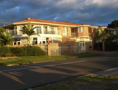Lake Haven Motor Inn - Accommodation Brisbane