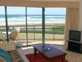 Currumbin Sands Holiday Apartments - Accommodation Brisbane