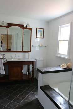 Maison de May Boutique Bed ampbreakfast - Accommodation Brisbane