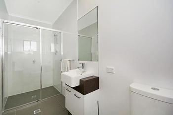 Cooroy Luxury Motel Apartments Noosa