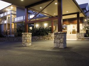Mercure Clear Mountain Lodge Spa and Vineyard - Accommodation Brisbane