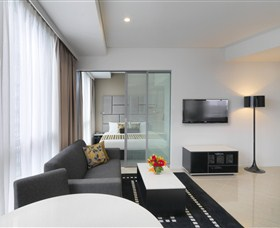 Meriton Suites Zetland - Accommodation Brisbane