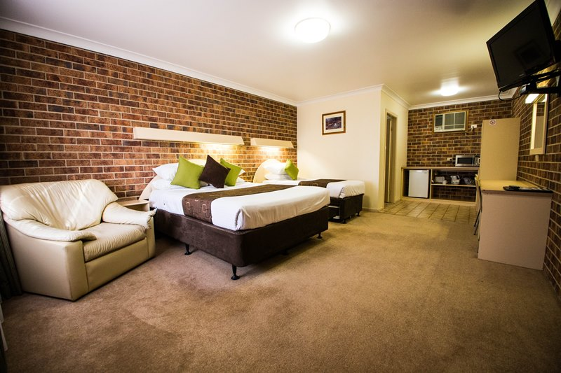 A-Line Motel - Accommodation Brisbane