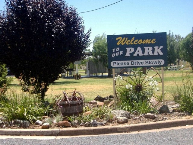 Country Club Caravan Park