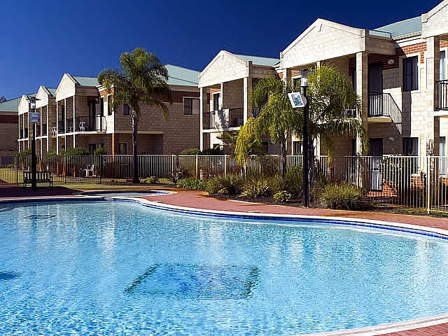 Country Comfort inter City Hotel  Apartments - Accommodation Brisbane