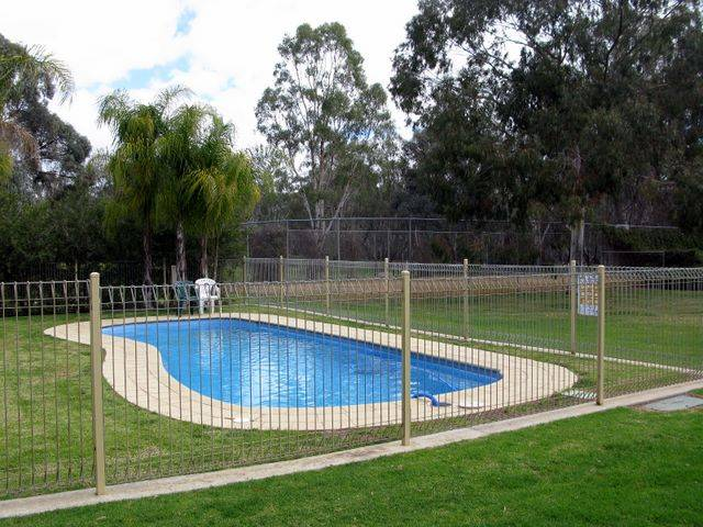 Pioneer Tourist Park - Accommodation Brisbane