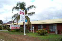 Country Roads Motor Inn - Accommodation Brisbane