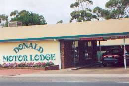 DONALD MOTOR LODGE - Accommodation Brisbane