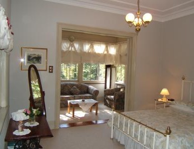 Whispering Pines - Accommodation Brisbane