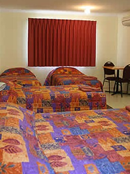 White Gums Motor Inn - Accommodation Brisbane