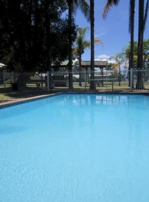 Motto Farm Motel - Accommodation Brisbane