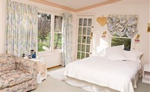 The Old School Country Retreat - - Accommodation Brisbane