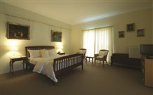 Yarrahapinni Homestead - Accommodation Brisbane