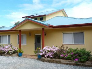 Whitby on Wallis Lakefront Cottage - Accommodation Brisbane
