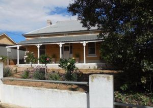 Book Keepers Cottage Waikerie - Accommodation Brisbane