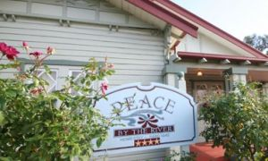 Peace By The River Homestay - Accommodation Brisbane