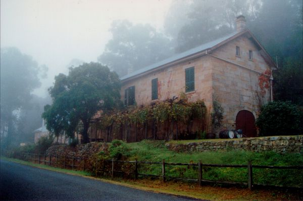 Tizzana Winery Bed And Breakfast