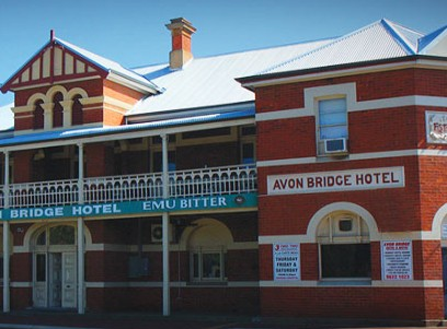 Avon Bridge Hotel