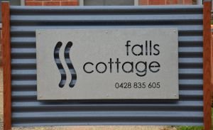 Falls Cottage Whitfield - Accommodation Brisbane