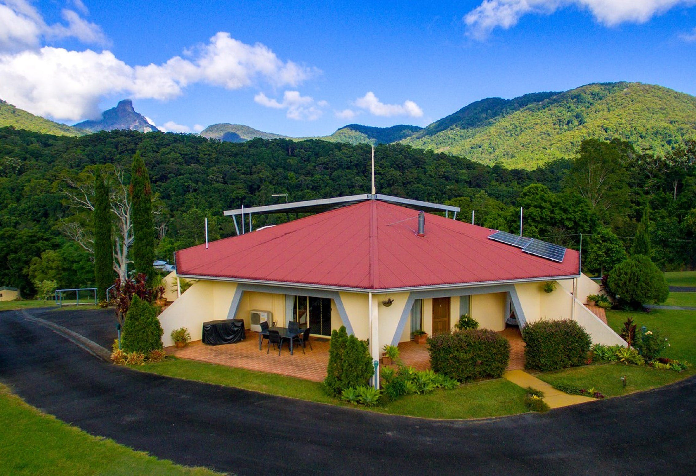 A View of Mount Warning Bed and Breakfast - Accommodation Brisbane