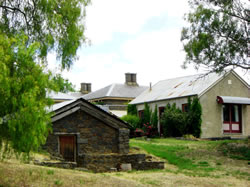 Lochinver Farm - Accommodation Brisbane